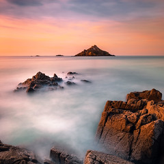 Comme a la montagne ... (Ludovic Lagadec) Tags: longexposure sunset sea sky mer seascape water landscape rocks eau marin ile paysage vagues manche calme coucherdesoleil rochers vanguard hoya nisi ndfilter mare longueexposition cotesdarmor nd64 nd8 verdelet gnd8 pleneufvalandre canon6d leverdelet ludoviclagadec