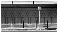 NO ESTACIONE (Black and White Fine Art) Tags: leica bw kodak oldsanjuan bn sanjuan viejosanjuan kodaktrix400 kodakd76 leicalllf elmar5cmf35 noestacione