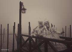 Carnaval Venise 2016-1299 (yvesw_photographies) Tags: italien carnival venice costumes italy costume europe italia eu parade chapeaux carnaval venise carnevale venezia venedig carneval italie venitian costum costumi costumé vénitien vénitienne costumés carnavaldevenise2016