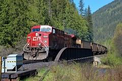 CP 9808 (Spallumcheen) Tags: bc diesel sulphur cp taft shuswap
