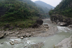 Qingshui Bridge (Bob Hawley) Tags: mountains nature water forest outdoors asia hiking taiwan bridges cliffs streams roads nikon1755f28 yunlincounty nikond7100 qingshuiriver
