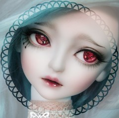 Sophia (Dame  Kyteler) Tags: lm sophia whiteskin littlemonica