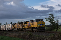 One more clean ACe (Tom Trent) Tags: railroad storm up clouds oregon train diesel rail eugene unionpacific locomotive freight emd sd70m sd70ace
