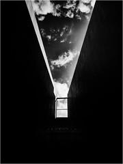 Ventana al cielo (Blas Tovar) Tags: camera blancoynegro silhouette clouds contraluz lens colombia bogota bogot wb symmetry bn nubes silueta lente camara omd blanconegro whiteblack objetivo 2016 simetra photographyequipment em5 lumixgvario714f40 olympusem5 blasfelipetovar blastovar wwwblastovarcom