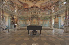 ... (Benny / 2B-OptiK) Tags: old beauty canon library piano sigma books hdr