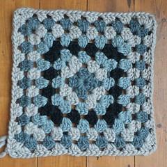 oxford rug (elletee42) Tags: drops crochet rug polaris