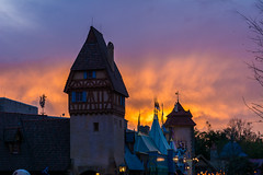 Glow (Riddhish Chakraborty) Tags: sunset orlando magic kingdom disney fl walt