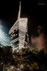 Bank of America Tower (IbizaHippyPhoto) Tags: usa ny newyork night skyscraper cityscape nacht manhattan wolkenkratzer bankofamericatower bwcontrasty