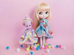 Sweet Cake gown (Helena / Funny Bunny) Tags: vintage doll blythe custom illuminati luma rbl reroot funnybunny emeraldwitch solidbackground hoshinonamidahime melodystar