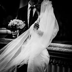 Street Wedding (Matthieu Manigold) Tags: street wedding bw black paris monochrome st nikon noiretblanc robe blanc