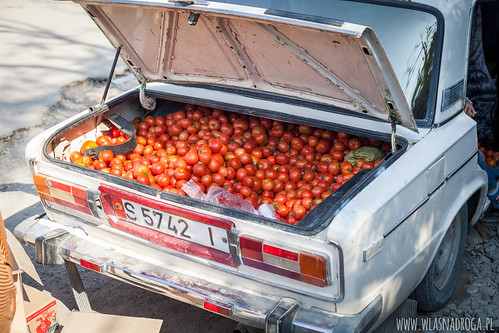 Komu pomidory?
