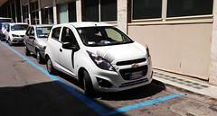 20150623_120611 (Leonardo Gennari) Tags: automobile strada bologna parcheggio ciglia