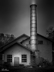 "Hovetorp Kraftstation  [Explored] 2016-01-09 (bobban25) Tags: chimney blackandwhite bw building tower monochrome architecture sweden outdoor column sverige scandinavia linköping östergötland skorsten 70d canonef24105mmf4lisusm ""artinbw hovetorp canoneos70d canon70d"