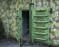 Protiatomov kryt (onzinka) Tags: door army nuclear bunker cave shelter karst moravian antinuclear kras morawski jeskyn bunkr dvee kryt moravsk mhrischer dve atomov vpustek protiatomov
