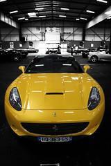 ferrari jaune (alexandredufix) Tags: bw jaune one perspective plan ferrari phare couleur capot