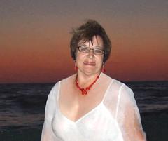 Valentine portrait (clarkfred33) Tags: portrait art illustration photoshop gulf spirit creative valentine theme wade swimwear redandwhite classy classylady wetlook wetfun wetwoman wetadventure