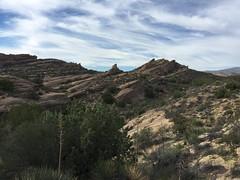 IMG_3561 (lnewman333) Tags: park sky clouds rocks socal southerncalifornia santaclarita vasquezrocks losangelescounty aguadulcecanyon