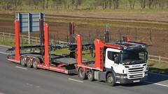 KT13 LSY (panmanstan) Tags: car truck wagon motorway yorkshire lorry commercial vehicle transporter scania m62 p400