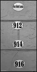 Rue Saint Louis (James Mundie) Tags: blackandwhite bw black blancoynegro monochrome louisiana noir neworleans monochromatic biancoenero blancetnoir mundie schwarzweis copyrightprotected jamesmundie jamesgmundie profjasmundie jimmundie copyrightjamesgmundieallrightsreserved