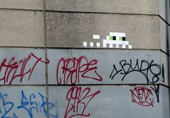 PA_490 Space invader in Paris 19th (Sokleine) Tags: street urban streetart paris france ceramics decay spaceinvader mosaics tags urbanart tiles bleak invader rue artderue 75019 carrelages