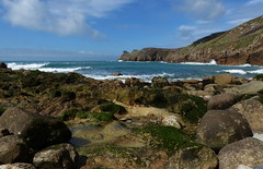 Nanjizal 06 (Paul Michelmore) Tags: ocean sea seaweed bay cornwall cove wave boulder headland millbay nanjizal