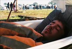 Bath snooze (B@XT3R) Tags: sleeping party portugal festival punk free traveller anarchy rave asleep raver fronteira autonomous soundsystems portalegre freetekno anarchis illeal freekuency