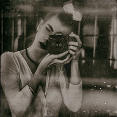 la Vivian Maier project (RapidHeartMovement) Tags: selfportrait sepia mirrored mirrorreflection selfwcamera rapidheartmovement lavivianmaier