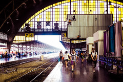 Hua Lomphong. Bankok (francois werner) Tags: voyage train fuji gare asie thailande 2016 touristes xe2 xf27mmf28