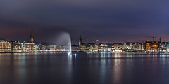 Hamburg at night (hjuengst) Tags: bridge panorama lake reflection night germany see nightshot nacht cityhall blu pano hamburg townhall bluehour rathaus alster spiegelung lichter nachtaufnahme jungfernstieg binnenalster reflektionen blauestunde lombardsbrcke