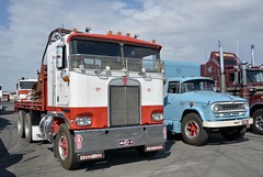 Cabover Kenworth (quarterdeck888) Tags: nikon flickr transport frosty semi lorry tray trucks express olddays logistics winton kenworth bigrig overtheroad haulage quarterdeck vintagetrucks oldtrucks cabover class8 heavyvehicle cartage roadtransport heavyhaulage truckies d7100 highwaytrucks aussietrucks australiantrucks expressfreight australiantransport freightmanagement jerilderietruckphotos jerilderietrucks outbacktrucks crawlingthehume quarterdeckphotos humetrucks