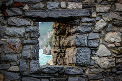 Behind the wall (Italo do Valle) Tags: travel italy window stone wall liguria portovenere