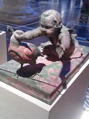 Chasing the Bird (failing_angel) Tags: usa newyork manhattan 5thavenue metropolitanmuseumofart 290515 romansculpturecourt