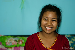 Portrait of a Karen Tween 6058 (Ursula in Aus) Tags: thailand thep maehongson