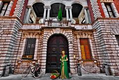 The florist of the Bagatti Valsecchi museum (Marco Trov) Tags: street italy building architecture italia milano palace fantasy canon5d lombardia hdr museobagattivalsecchi marcotrov