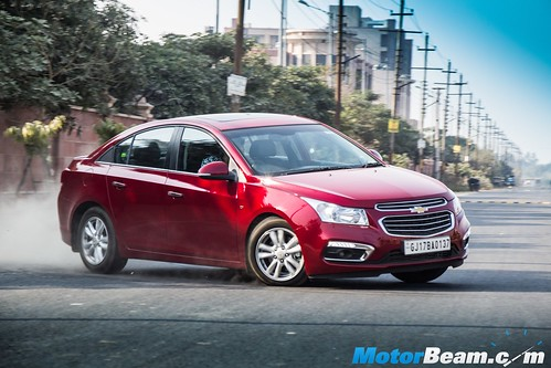 2016 Chevrolet Cruze Facelift Test Drive Review | MotorBeam - Indian