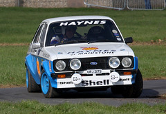 1977 Ford Escort 1600 Sport (URJ 217S) 2000cc - Race Retro 2016 - Stoneleigh Park, Coventry (anorakin) Tags: ford coventry 1977 escort 2016 2000cc stoneleighpark raceretro 1600sport urj217s