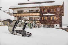 Das kleine Oberlech Hotel (Diueine) Tags: 240 50mm arlberg austria lech leica m mp m240 noctilux oberlech safari snow typ f095 winter snowfall vorarlberg schnee alps
