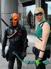 Deathstroke and Artemis (greyloch) Tags: costumes cute cosplay dccomics artemis comicbookcharacter lancasterpa deathstroke zenkaikon comicbookcostume animatedcharactercostume
