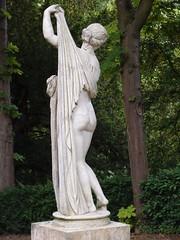 Vénus Callypige (cristoflenoir) Tags: ass beautiful nice venus bottom dos aphrodite fesses buttocks vénus belles callipygian derrière callipyge kallipygos