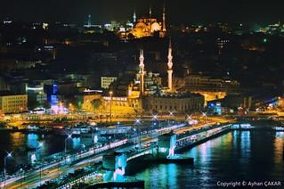Night Eminönü Galata Bridge Istanbul
