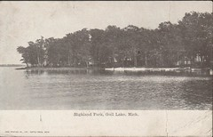 Highland Park, Gull Lake, Mich., Front (kplcommons) Tags: park lake building post michigan postcard card photograph highlandpark publisher battlecreek gulllake westernmichiganuniversity kalamazoopubliclibrary