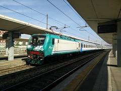 E464.021 RGV 10210 a Lingotto FS (simone.dibiase) Tags: train torino trains porta treno nuova stato trenitalia lingotto treni dello veloce ferrovie regionale 021 10210 e464 xmpr
