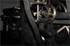 Turmuhr (goehler.mike) Tags: clock blackwhite key schwarzweiss abstrakt uhr colorkeying