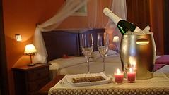 Escapada Romntica (brujulea) Tags: rural hotel media huelva hoteles romantica finca aracena escapada legua hostales brujulea