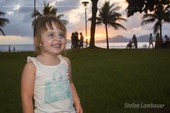 Catharina (Stefan Lambauer) Tags: sea brazil baby praia beach smile brasil mar kid infant br sopaulo orla santos criana filha menina jardins catharina 2016 stefanlambauer