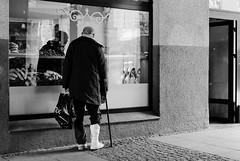 bakery (Peter87300) Tags: bw nikon streetphotography poland toru d5100 35mmf18gdx