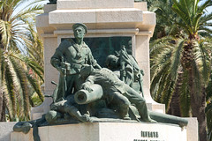 Cartagena - Denkmal fr die Gefallenen des Spanisch-Amerikanischen Krieges (Monumento de los Heroes de Cavite) (CocoChantre) Tags: bronze pflanze es landschaft cartagena palme baum spanien denkmal plastik gefallene regindemurcia gefallenendenkmal cartagenamurcia spanischamerikanischerkrieg