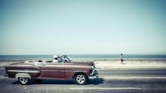 Havanna (gies777) Tags: travel vacation car classiccar sony havana cuba malecon oldtimer caribbean alpha habana 700 havanna kuba reise karibik a700 cubancars