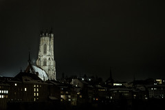 La Belle (Sb Mory) Tags: light sky night stars 50mm switzerland town nikon suisse cathedral lumire cathdrale ciel fribourg freiburg nuit ville toiles d700