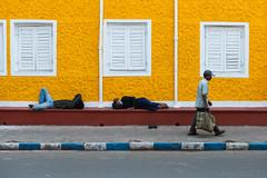 (Jordy B) Tags: india man colors yellow jaune asia couleurs streetphotography asie kolkata calcutta homme inde westbengal northindia travelphotography indedunord stphotographia northemindia